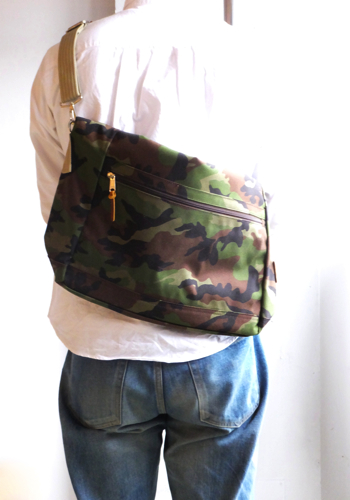 artsandcrafts-reliable-nylon-2way-carry-all-2