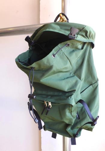 standardsupply-escapepack-16