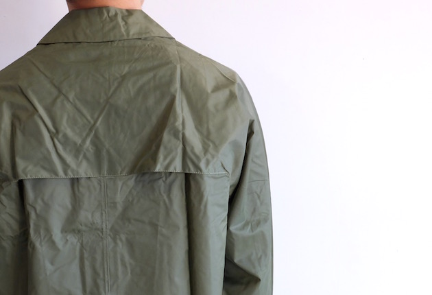 vintage-raincoat-5