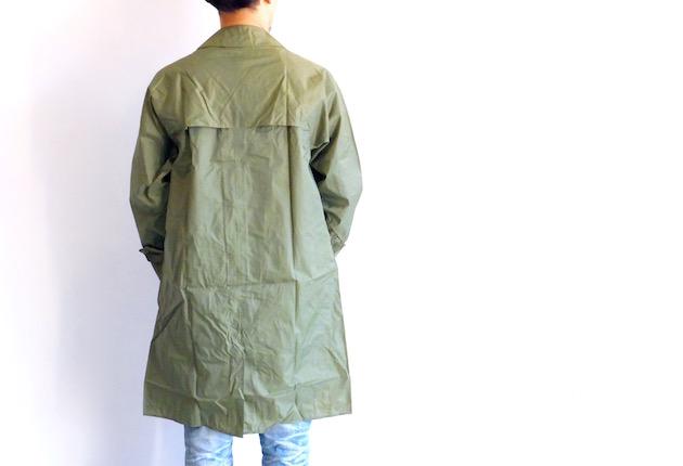 vintage-raincoat-6