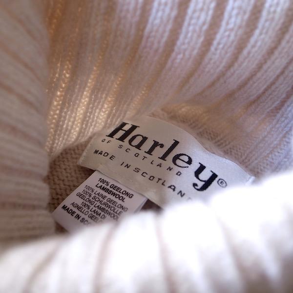 HarleyOfScotland-SaddleShoulderPoloneckSweater